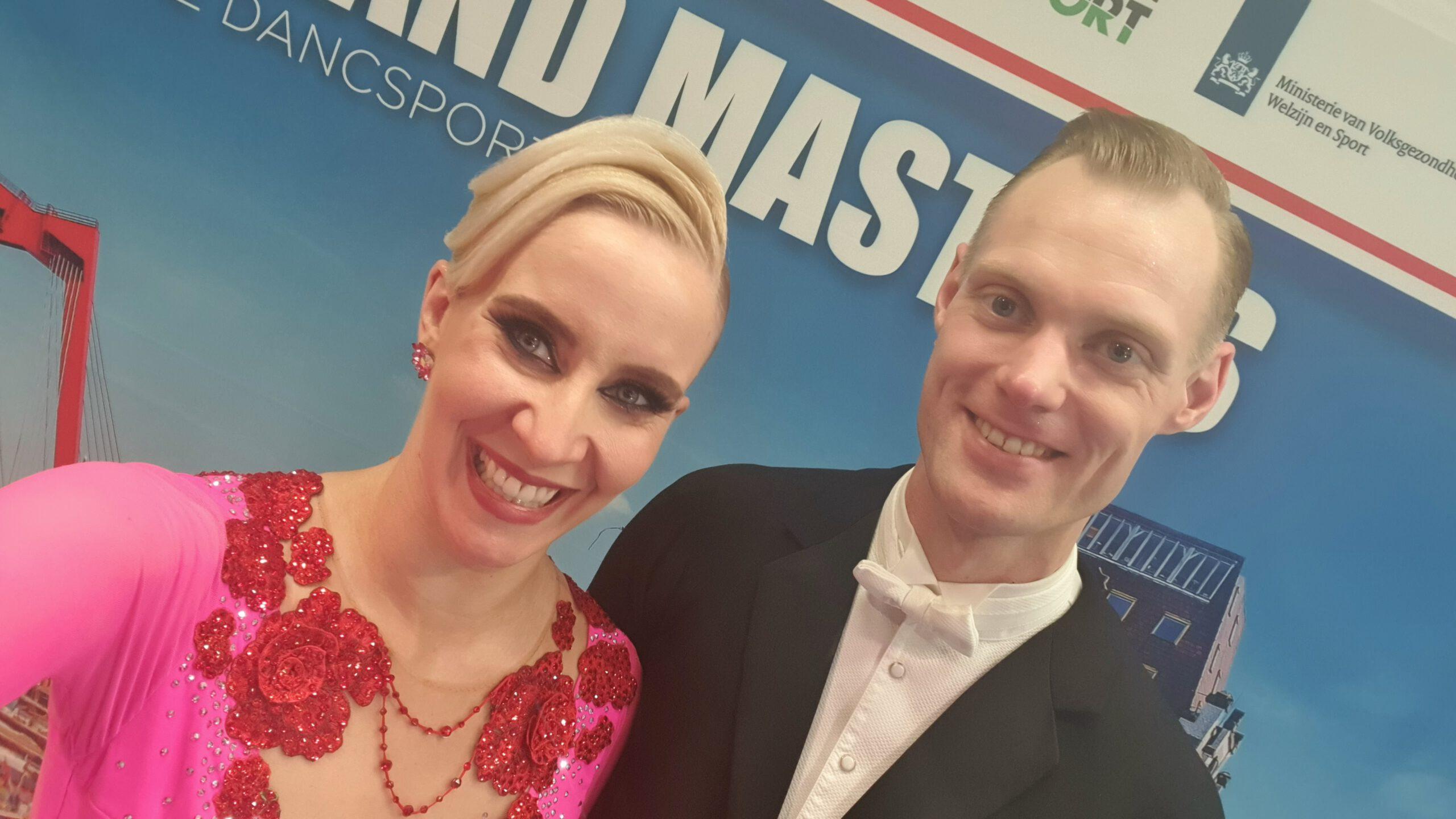 Platz 14 bei der Weltmeisterschaft Senioren I Standard für Alexander und Laura